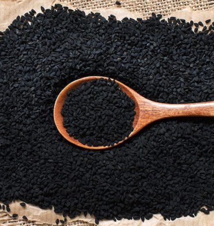 How to Use Black Seed Oil for Hair Growth